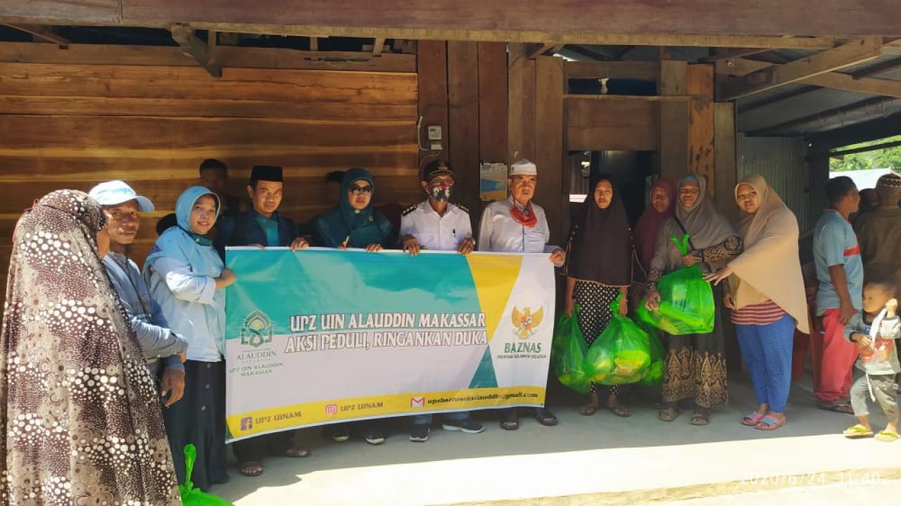 UPZ UIN Alauddin Makassar Salurkan Bantuan Untuk Korban Longsor di Jeneponto